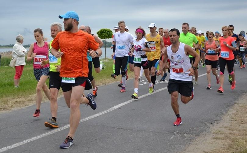 maraton wokol jeziora tarnobrzeskiego (11)